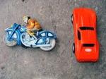 Motocicleta & Macheta din tabla