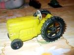 Tractor din Plastic