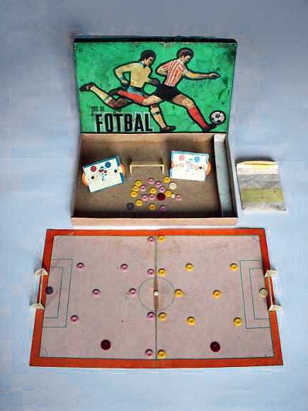 Jocul Fotbal cu Nasturi