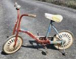 Bicicleta cu roti ajutatoare