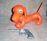Catelus din Plastic & Pistol