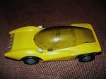 Masinuta de curse din plastic