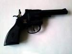 Pistol cu capse din Germania