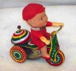 Tricicleta chinezeasca din tabla